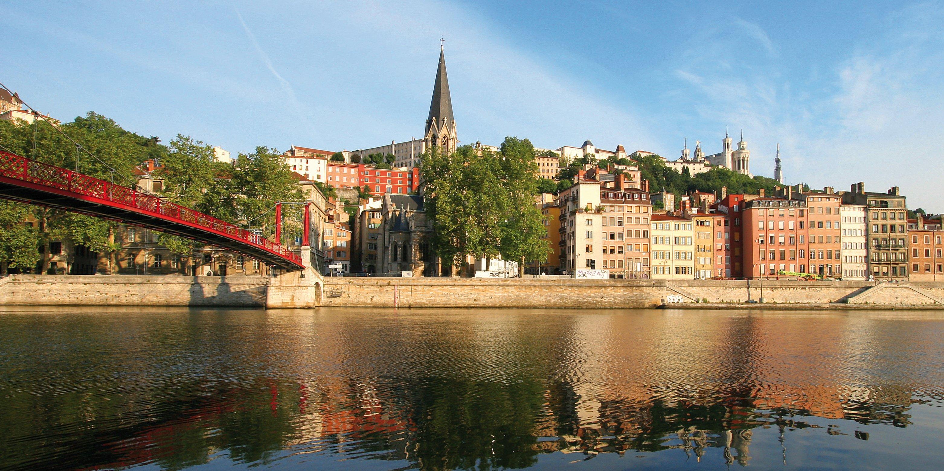 Venue and accommodation decommissioning symposium 16th - Lyon to geneva bus ...